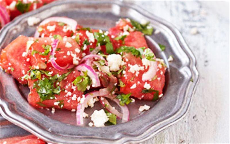 Cách Làm Salad Dưa Hấu Nướng Độc Đáo Lạ Miệng