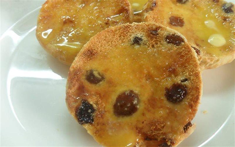 Cách Làm Bánh Mì Nho Khô nướng thơm, ăn hoài không ngán