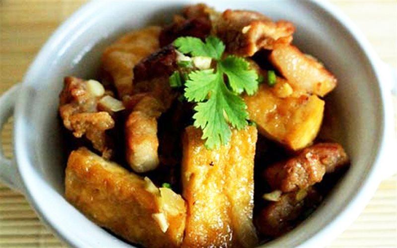 Cách Làm Thịt Ba Chỉ Kho Đậu Hũ Đậm Đà Bữa Cơm