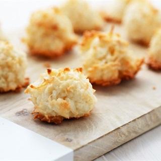 Cách Làm Bánh Dừa Nướng Giòn Rụm Cực Thơm Ngon