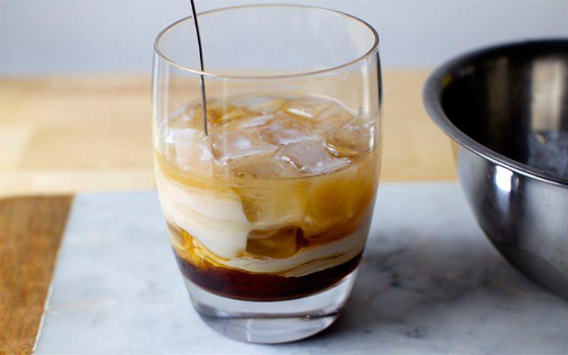 Cách Pha Cocktail Cà Phê Kem Đơn Giản Thơm Ngon