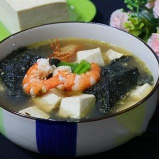 Canh rong biển đậu hũ nấu tôm