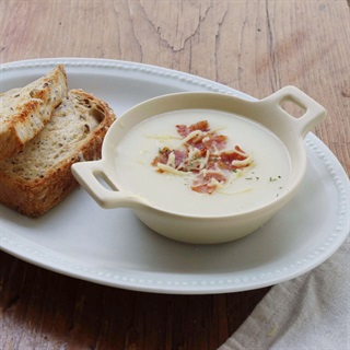 Cách làm soup khoai tây cho bé