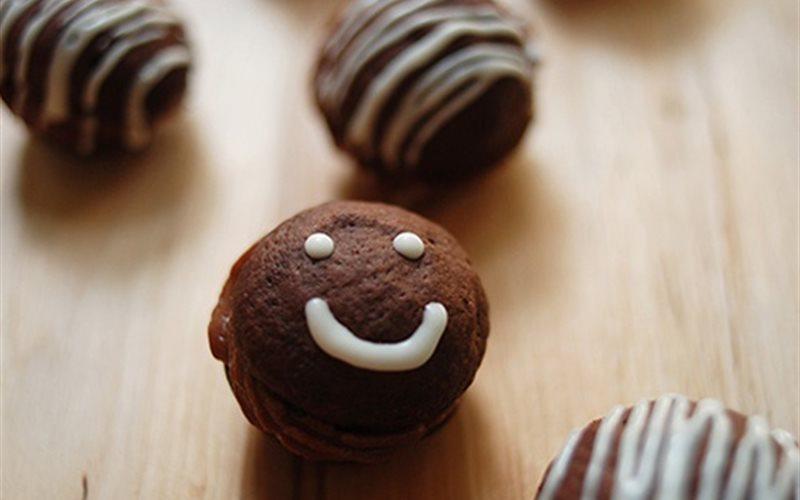 Cách Làm Bánh Cookie Chocolate Mặt Cười Đơn Giản