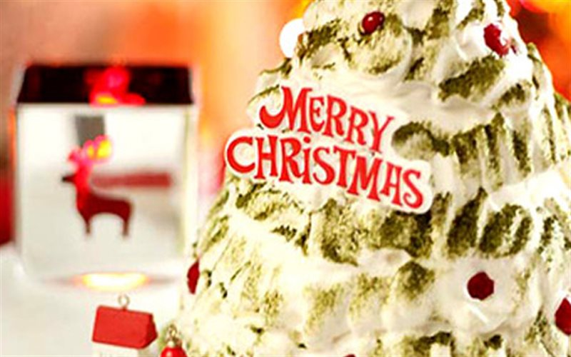 Cách làm Bánh Kem Giáng Sinh bắt mắt, đẹp hơn ngoài hàng