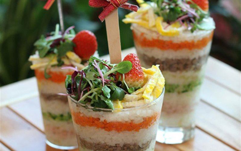 Cách Làm Tháp Cơm Sushi Thơm Ngon Đơn Giản Tại Nhà