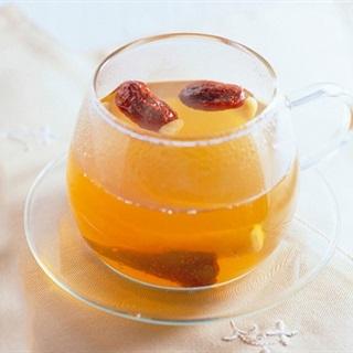 Cách pha trà mật ong chống ho ngày lạnh