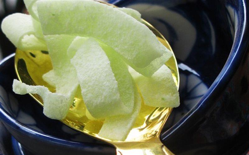 Cách làm Mứt Dừa Lá Dứa béo bùi, thơm ngon cho ngày Tết