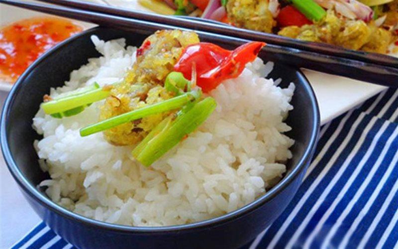 Cách Làm Mề Gà Xào Cay Thơm, Cho Bữa Cơm Ngày Mưa