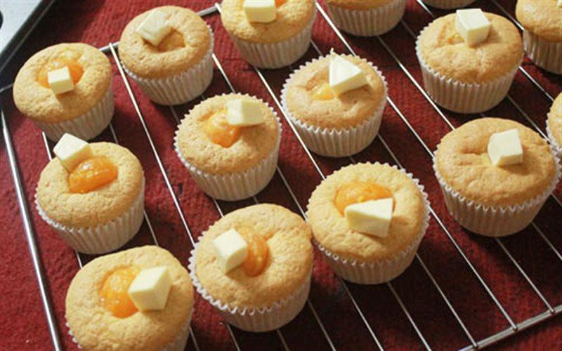 Cách Làm Bánh Bông Lan Trứng Muối Phô Mai Đơn Giản