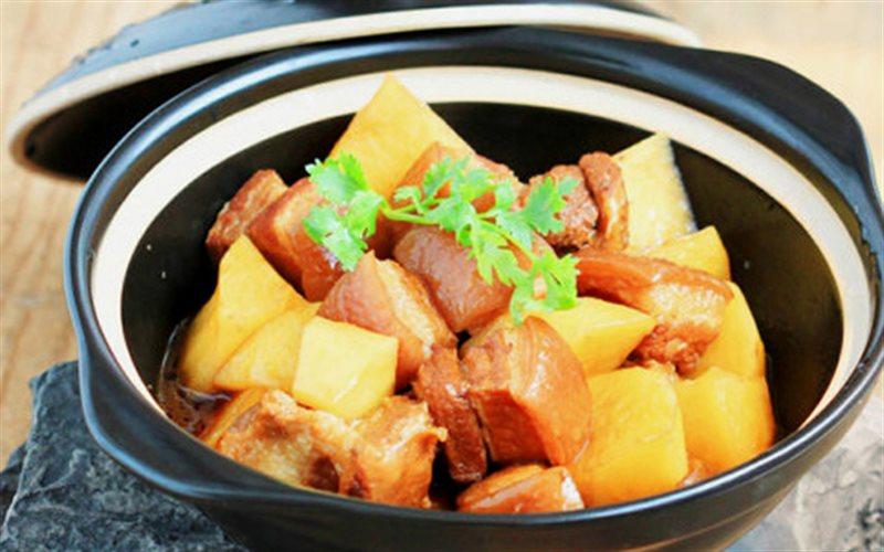 Cách làm Thịt Kho Khoai Tây ngon lạ miệng cho bữa cơm nhà