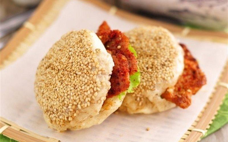 Cách làm Bánh kẹp thịt chiên