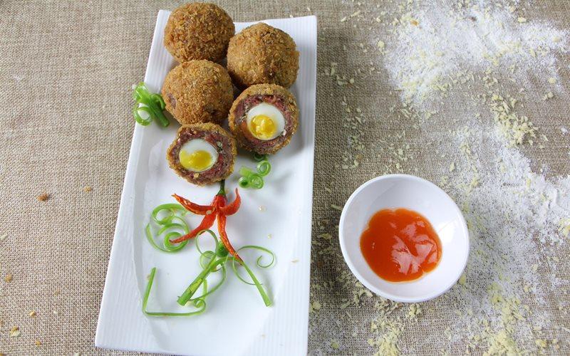 Cách Làm Thịt Bò Bọc Trứng Cút Chiên Thơm Ngon