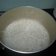 Chè khoai sọ bột báng