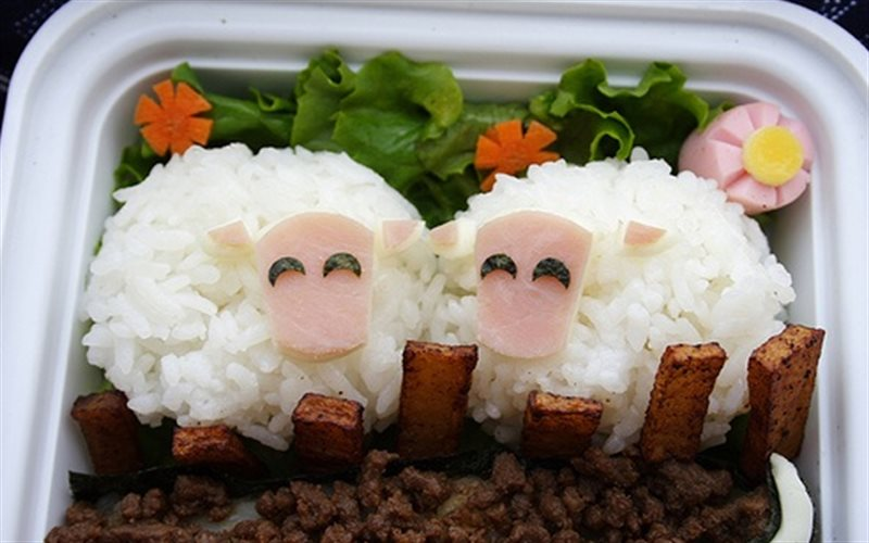 Cách Làm Cơm Nắm Hình Chú Cừu Xinh Xắn Cho Bé