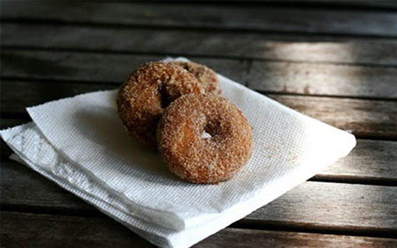 Cách Làm Bánh Donut Chiên Hương Chanh Đơn Giản