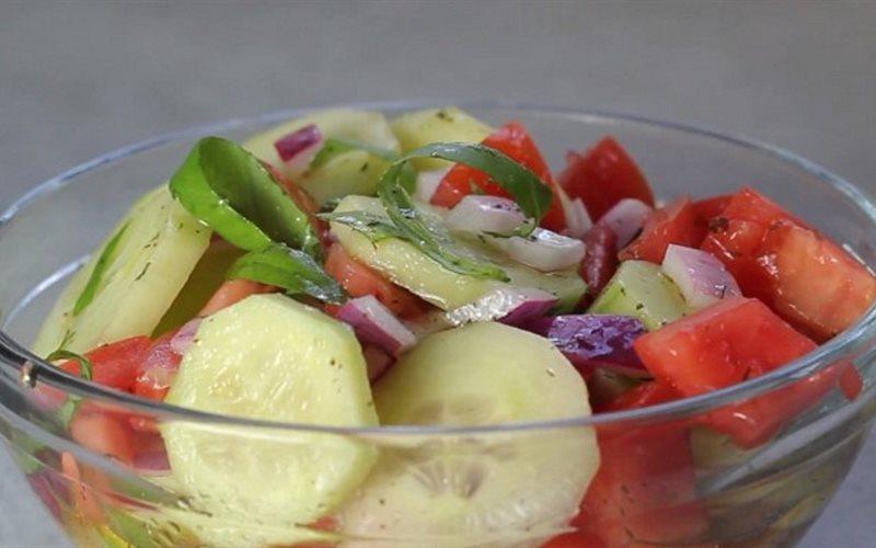 Cách Làm Salad Dưa Leo Trộn Cà Chua Thanh Mát