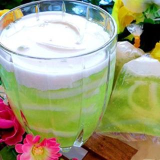 Cách làm Chè Dừa Non lá dứa thơm ngon, béo ngậy tại nhà