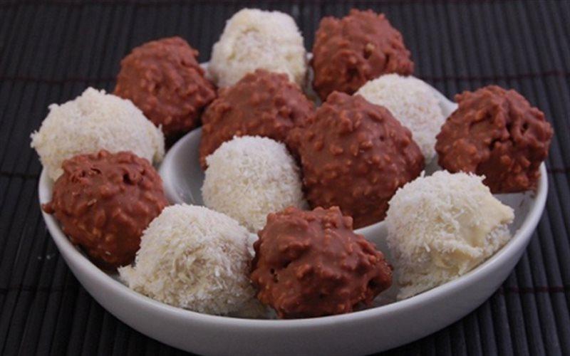 Cách Làm Kẹo Chocolate Bọc Dừa Ngon Miệng Đơn Giản