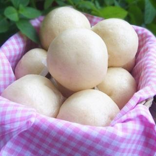 Bánh bao kim sa nhân trứng sữa