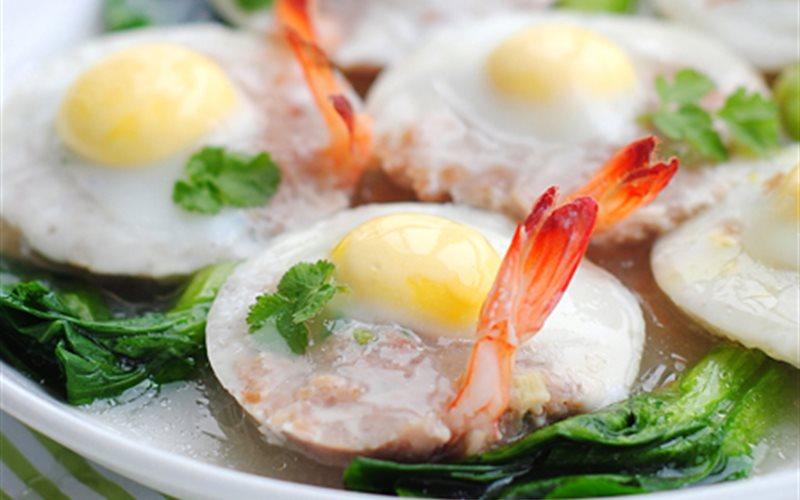 Cách làm tôm hấp trứng cút