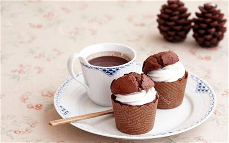 Cách Làm Cupcake Phủ Kem Cacao Thơm Ngon Khó Cưỡng