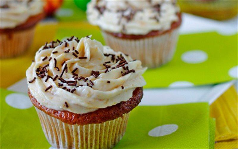Cách Làm Cupcake Phô Mai Trái Cây Hấp Dẫn Đơn Giản