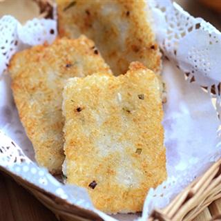 Bánh gạo chiên hành mỡ
