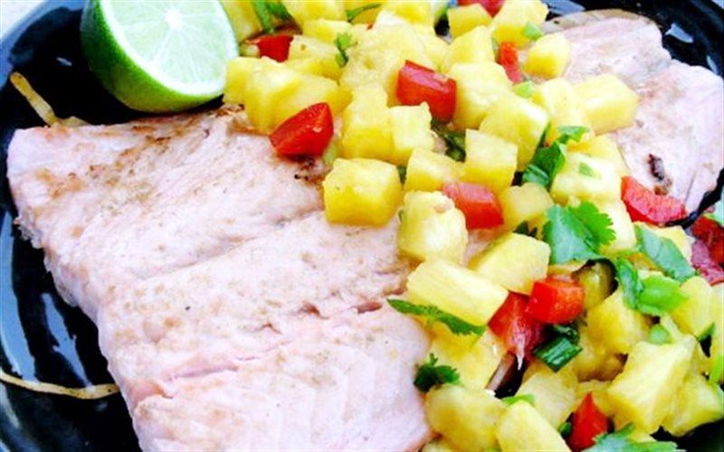 Cách Làm Salad Dứa Cá Hồi Đơn Giản Cực Thơm Ngon