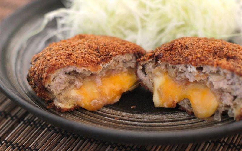Cách làm Menchi Katsu - Thịt viên chiên giòn kiểu Nhật