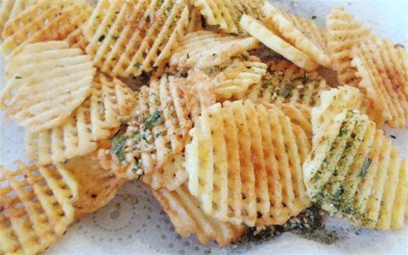 Cách làm Snack Khoai Tây Chips giòn giòn thơm ngon cực đỉnh