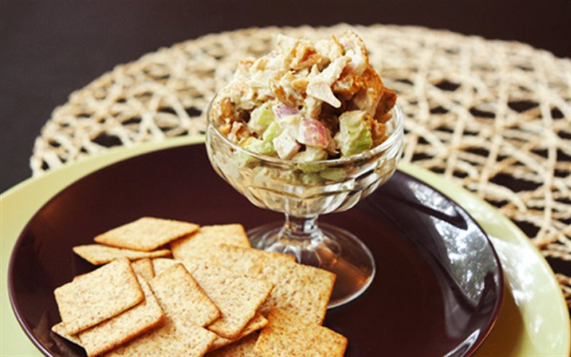 Cách làm Salad Thịt Gà mang hương vị của nhà hàng Âu