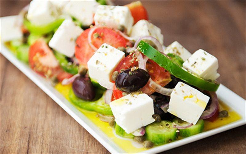 Cách làm salad Hy Lạp