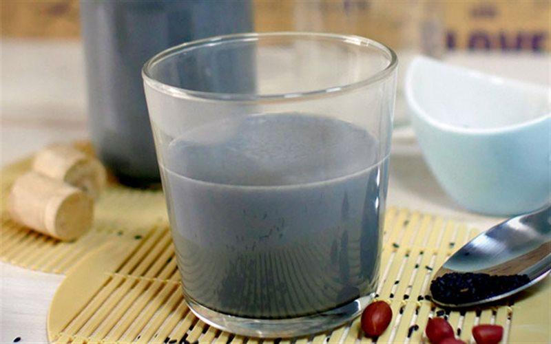 Cách làm Sữa Đậu Phộng Mè Đen đơn giản ngay tại nhà