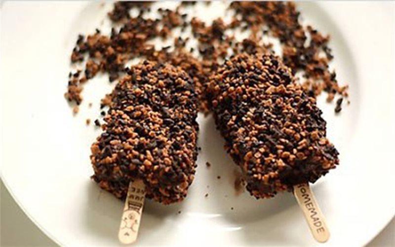 Cách Làm Kem Que Chocolate Vani Mát Lạnh Thơm Ngon