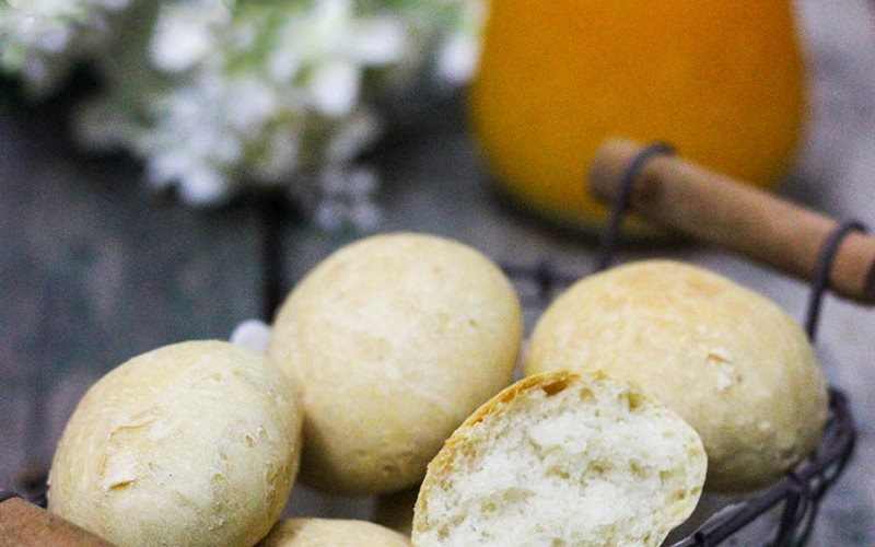 Cách Làm Bánh Mì Sữa Thơm Mềm Đơn Giản Tại Nhà