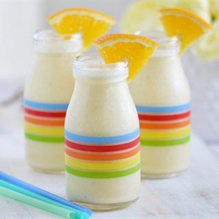Cách làm sinh tố cam chuối sữa chua