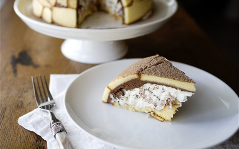 Cách làm bánh zuccotto lạ miệng
