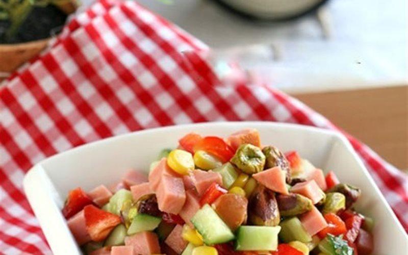 Cách Làm Salad Hạt Dẻ Cười Giòn Ngon, Cực Hấp Dẫn