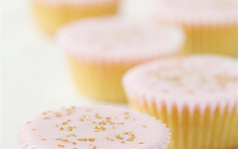 Cách Làm Bánh Cupcake Gừng Đơn Giản, Cho Bé Ăn Vặt