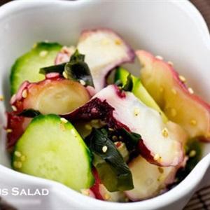 Salad râu bạch tuộc