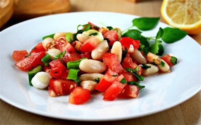 Cách làm Salad Cà Chua Đậu Ngự đơn giản cho bữa cơm nhà