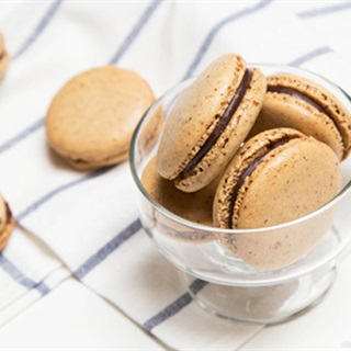 Cách làm bánh macaron chocolate