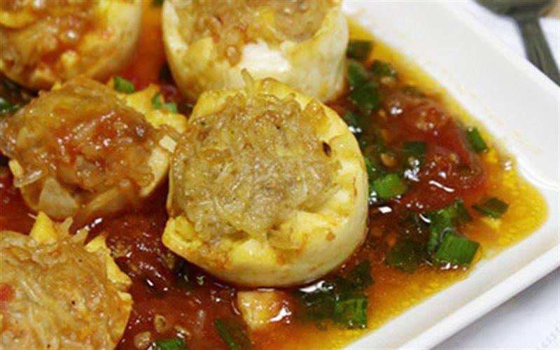 Cách làm Trứng Bọc Thịt Sốt Cà Chua đơn giản tại nhà