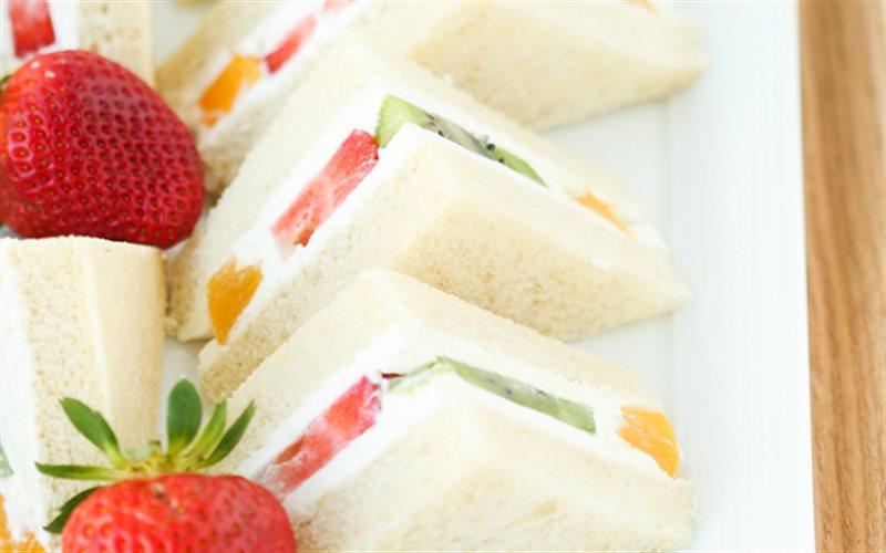 Cách làm bánh mì sandwich trái cây