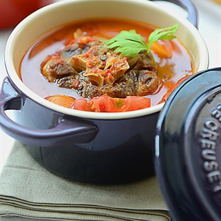 Cách nấu Đuôi bò hầm cà chua