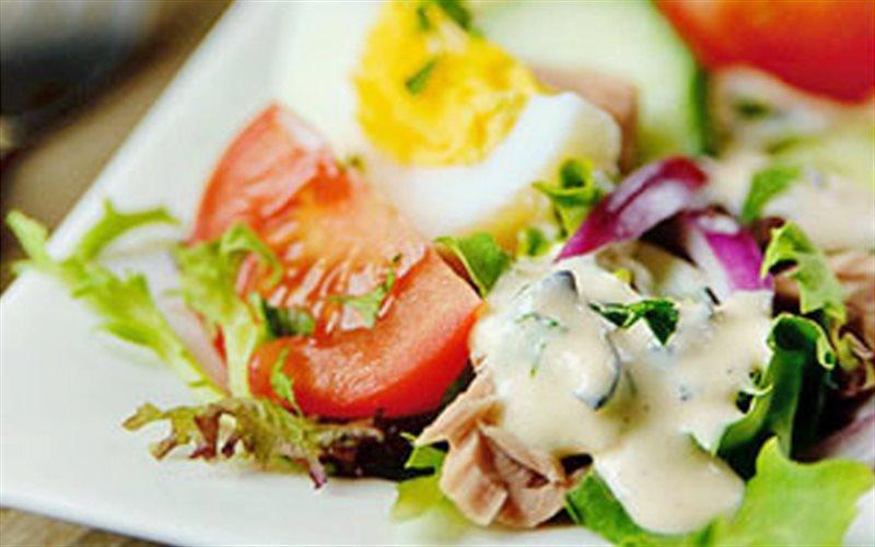 Cách làm Salad 1000 Hòn Đảo đơn giản, ngon khó cưỡng