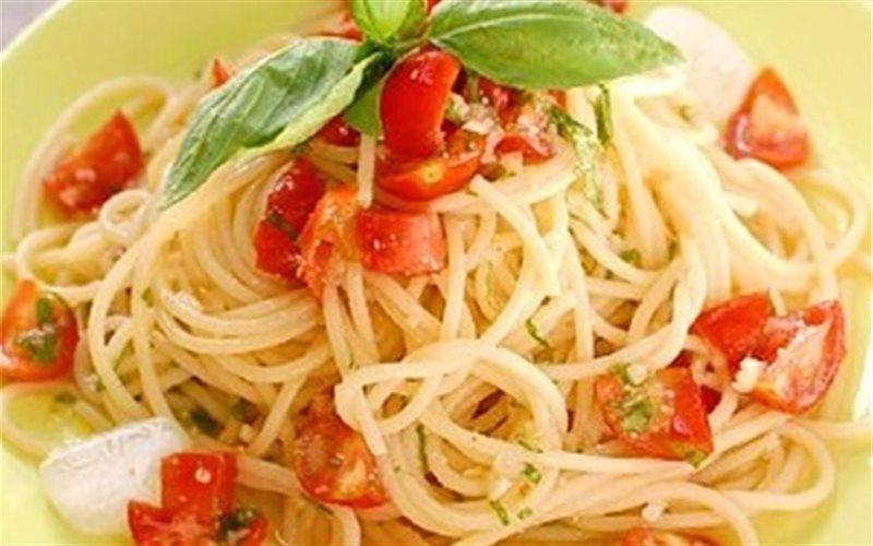 Cách Làm Spaghetti Trộn Cà Chua Hấp Dẫn Mời Cả Nhà