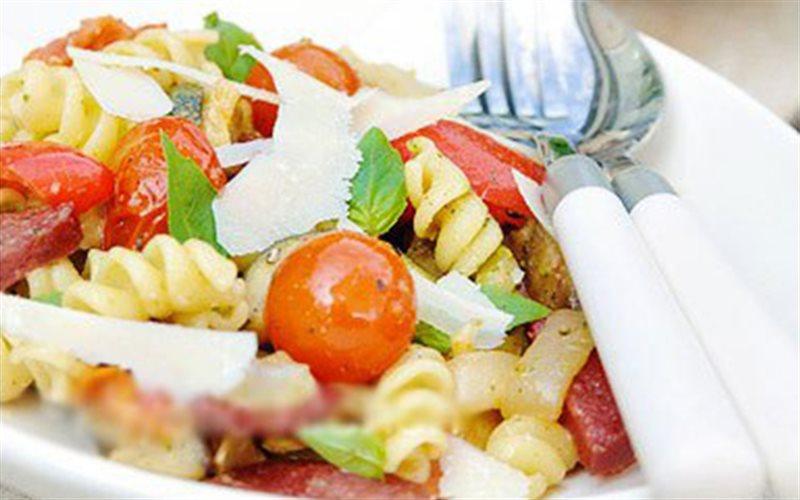 Cách Làm Salad Nui Trộn Đơn Giản Cho Bữa Sáng