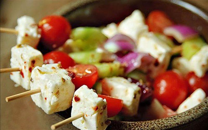 Cách làm Salad Feta Kabobs Xiên Que cực thơm ngon cho trẻ